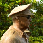 Picture of General MacArthur Statue